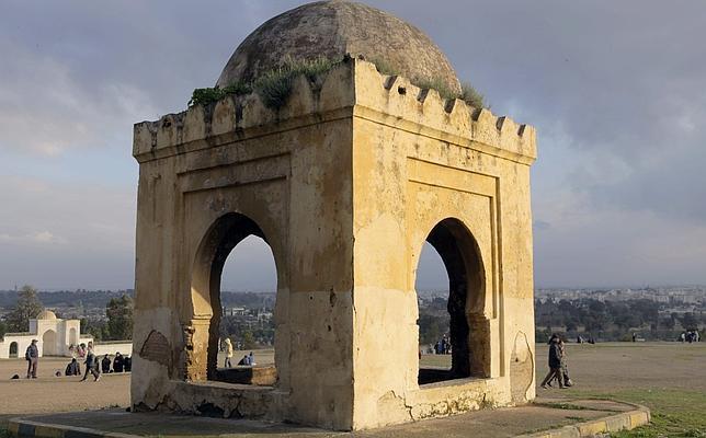 """Figura 2. Imagen de la """"musalla"""", o ermita, donde se cree que está enterrado el último Rey moro de Granada. (http://www.abc.es/cultura/20130302/abci-buscan-tumba-boabdil-201303012121.html)"""