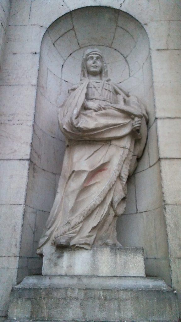 Estatua de la Reina Isabel, la Católica