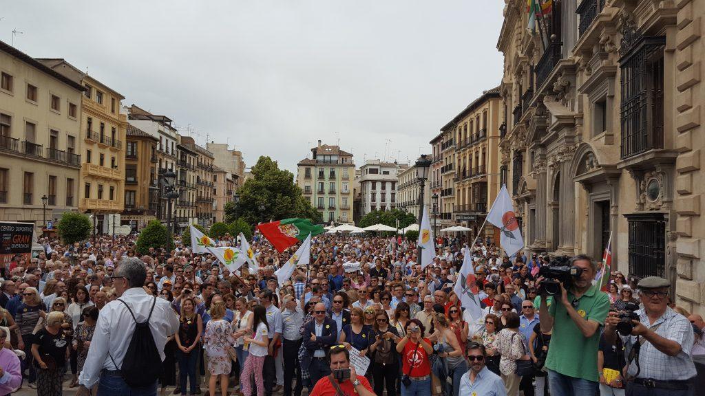 La manifestación en Plaza Nueva. Foto: JuntosxGranada